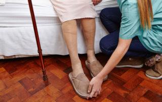 4 Benefits of Door-through-Door Transportation for Seniors